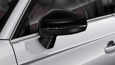 Exterior mirror housings in high gloss black