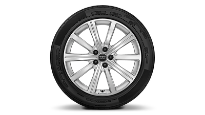 Winter tires 155/70 R 13Q with steel wheel 4.5J x 13, offset 35 (C0A) and cover for wheel hubs