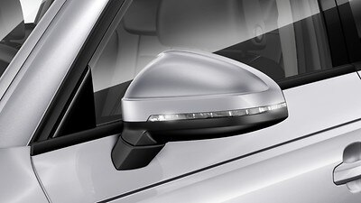Exterior mirrors, power-adjustable and heated