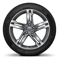 "18"" x 8J '5-spoke dynamic' design alloy wheels, diamond cut finish with 245/40 R18 tyres"