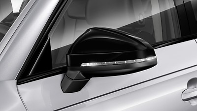 Exterior mirrors in gloss black