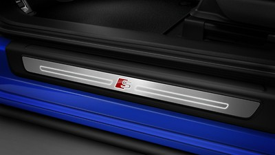 Illuminated aluminum door sills with S badging