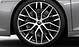Aluminium-Schmiederäder im 10-Speichen-Y-Design, Titanoptik matt, glanzgedreht, Größe 8,5 J × 20 vorn, 11 J × 20 hinten, mit Reifen 245/30 R 20 vorn und 305/30 R 20 hinten