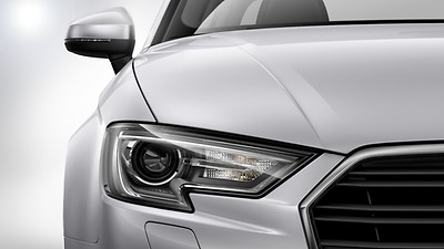 Xenon headlights with LED daytime-running lights