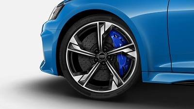 RS ceramic brakes with brake calipers in Blue