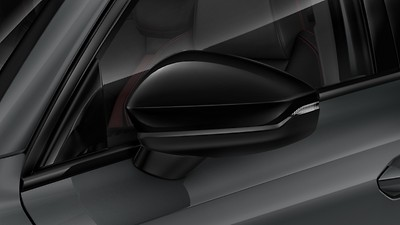 Exterior mirror housings in Black