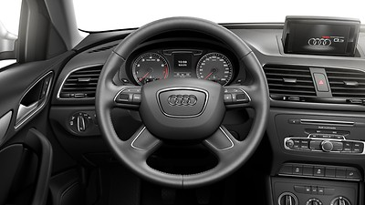 Leather-covered multifunction steering wheel, 4-spoke, with shift paddles