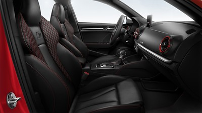 Audi Design Selection in Fine Nappa leather with S embossed logo