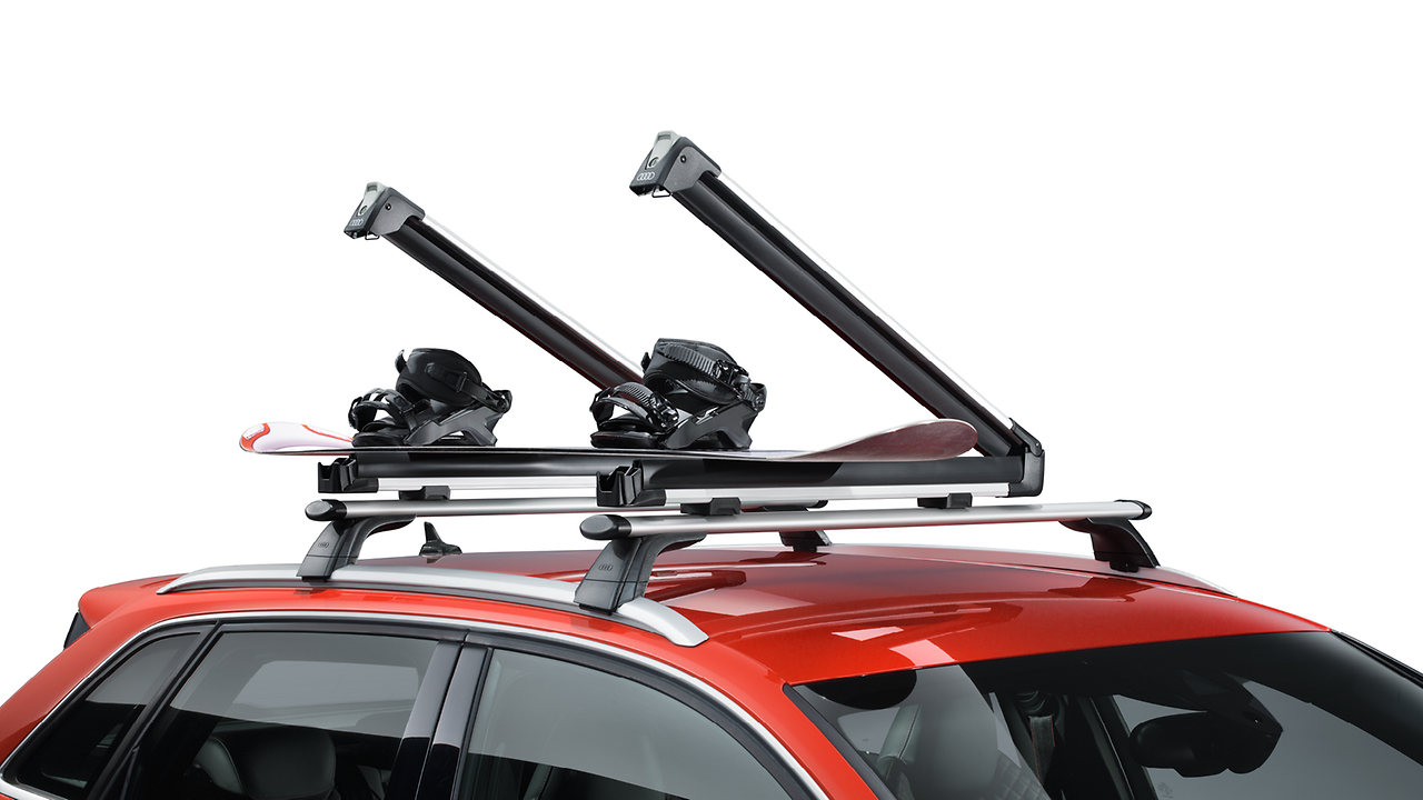 Ski and snowboard rack, for a maximum of 4 pairs of skis or 2 snowboards, with pull-out function