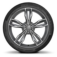 "19"" x 9J 5-arm facet style forged alloy wheel with 245/35 R19 tyres"