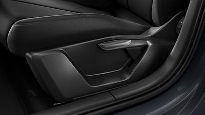 Fahrersitz manuell höhenverstellbar