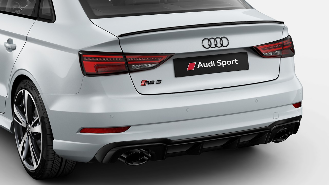 Black Styling with Black Audi Rings and nameplates