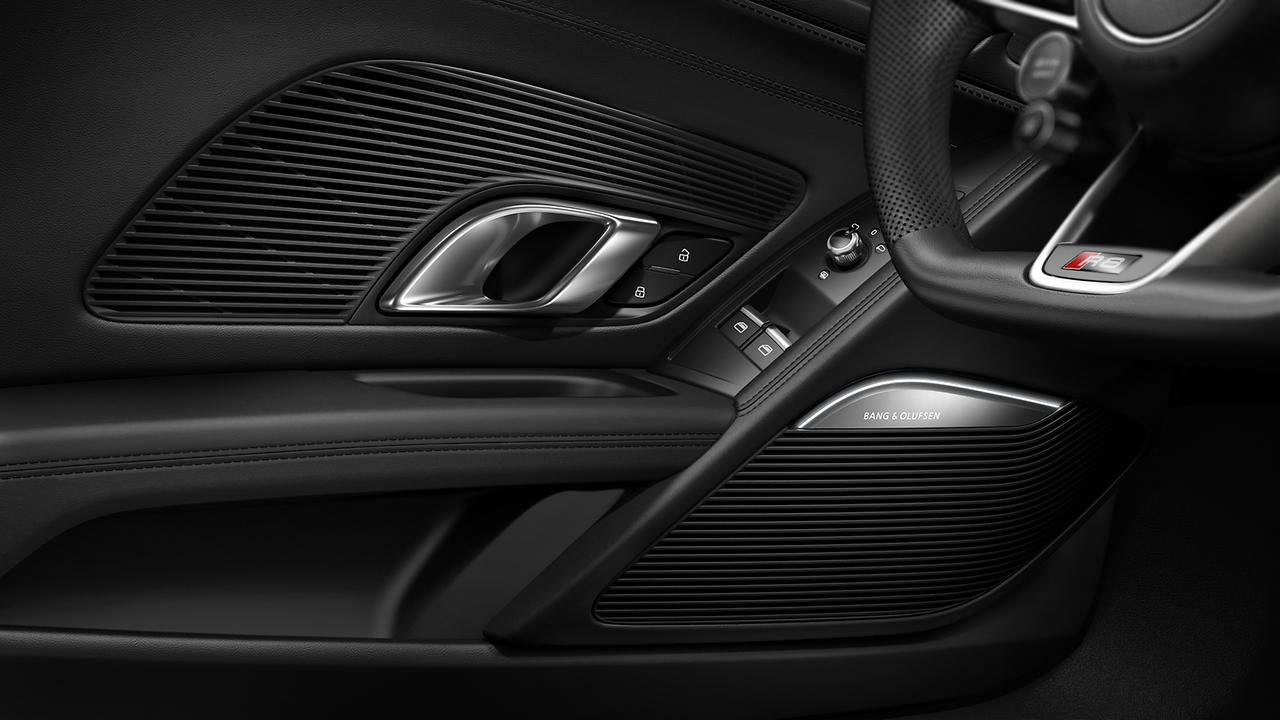 Build 2018 Audi R8 Coupe Overview Audi Cars Sedans Suvs