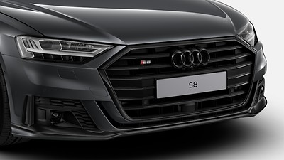Black Styling package with black Audi Rings