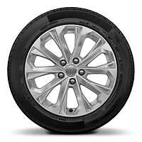 "17"" 7.5J '10-spoke crystal' design alloy wheels with 225/50 R17 tyres"