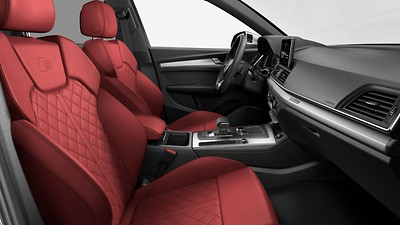 Fine Nappa leather seats with contrast diamond stitching
