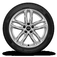 5双幅设计铸铝车轮,8J×18 245/40 R18