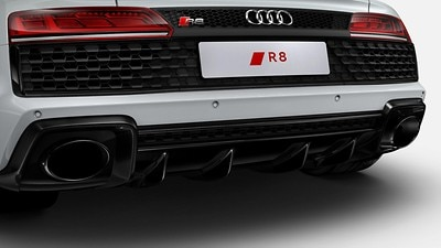 Exhaust system with tailpipe trims in Glossy Black