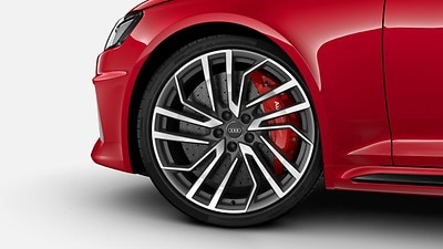 RS ceramic brakes with brake callipers in red
