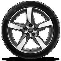 Audi Sport 5輻19英寸鋁合金輪輞,啞光鈦金屬外觀,輪胎255/45 R19