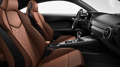 Fine Nappa leather seats with diamond stitching for front seats