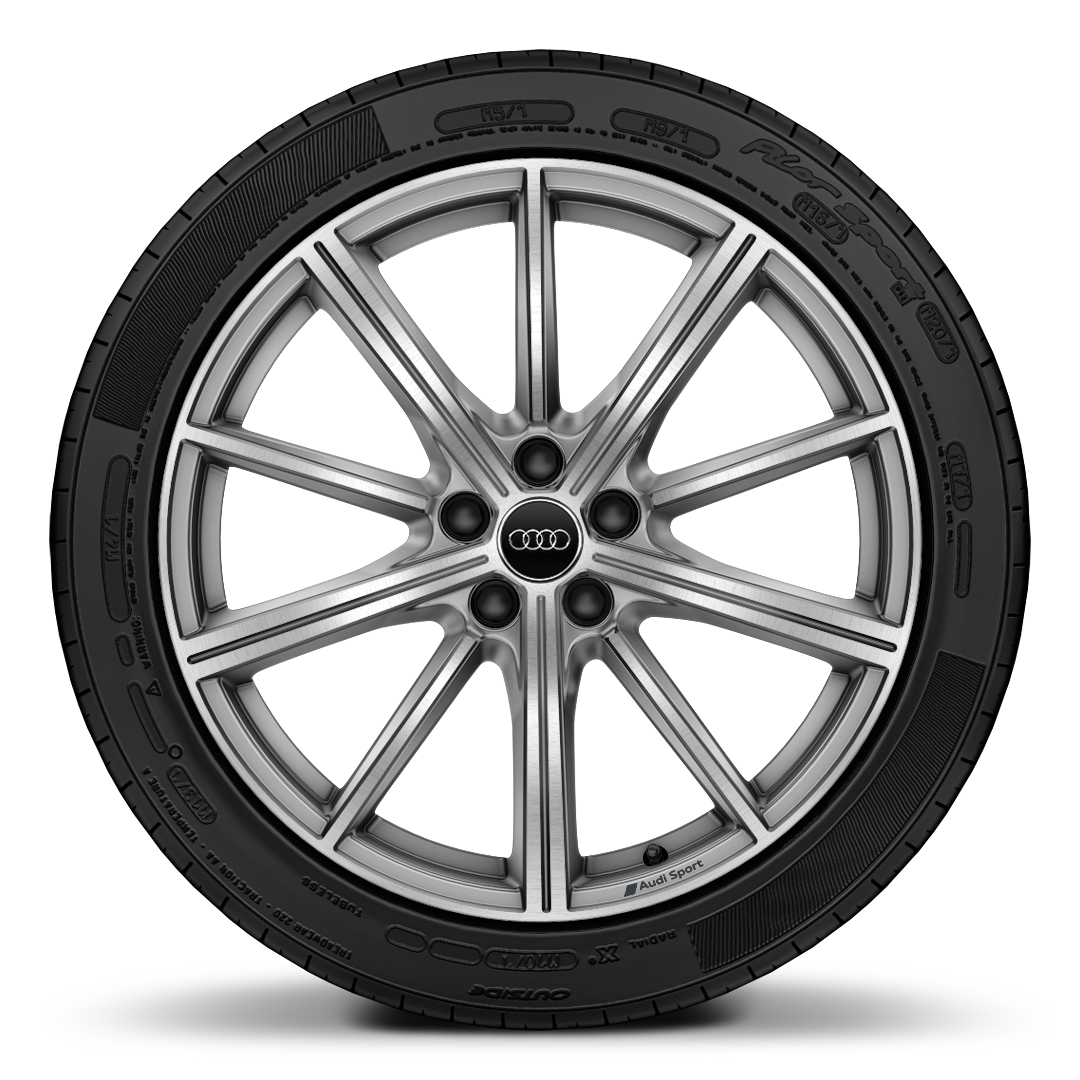 Alloy wheels 8.5J x 18 front, 13J x 18 rear