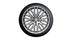 Winterset in 10-Y-spaaks design, Galvanozilver metallic, 9 J x 20, 285/45 R20 112V XL, links
