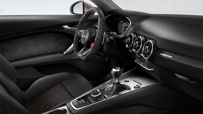 Extended leather package in black leather