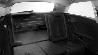 <sup></sup>Split-folding rear seat bench