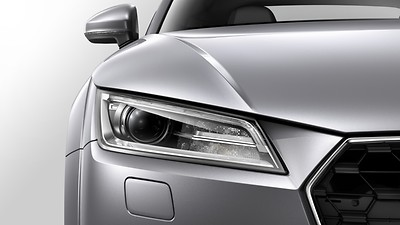 Xenon headlights with LED daytime-running lights with automatic headlight range control