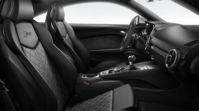 RS Sport front seats with integrated front head restraints