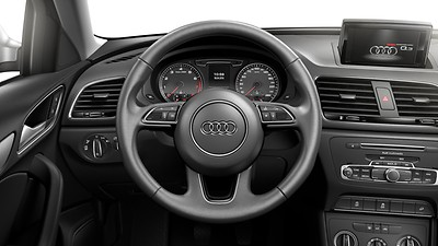 Leather-covered multifunction sports steering wheel, 3-spoke Q design with shift paddles