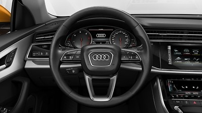 Leather steering wheel in 3-spoke design with multifunction plus, shift paddles and steering wheel heating