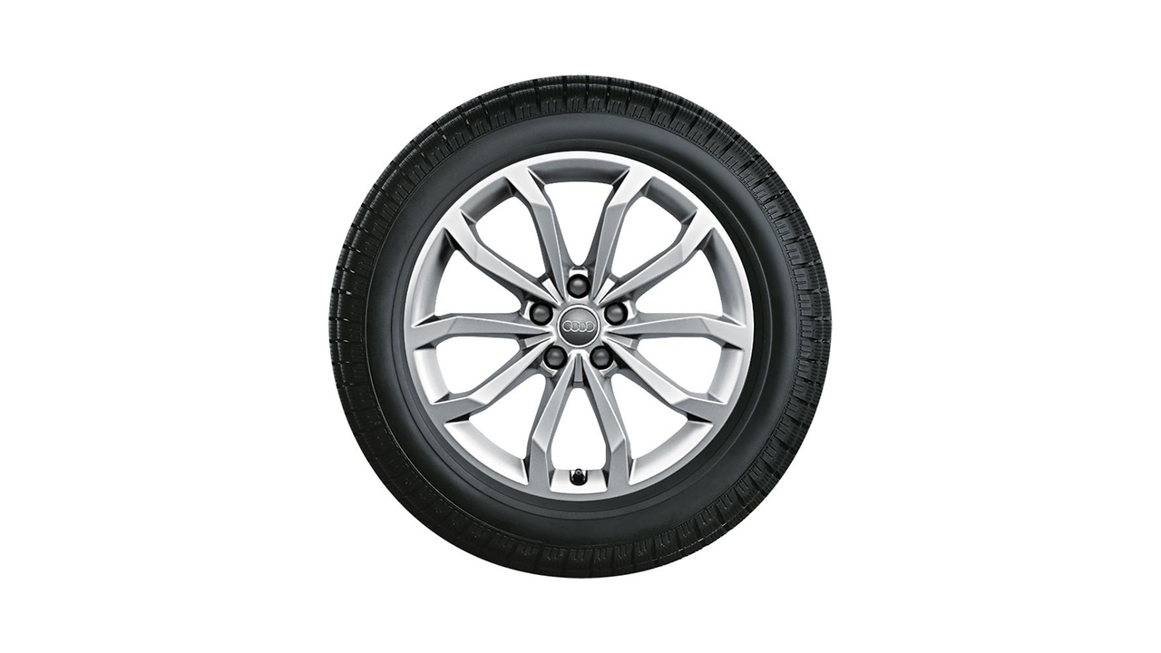 Complete winter wheel in 10-spoke V design, brilliant silver, 8 J x 18, 245/40 R18 97V XL